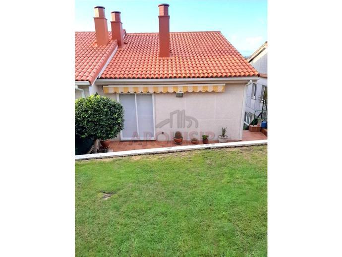 Foto 3 de Casa o chalet en venta en Las Mimosas O Milladoiro, A Coruña