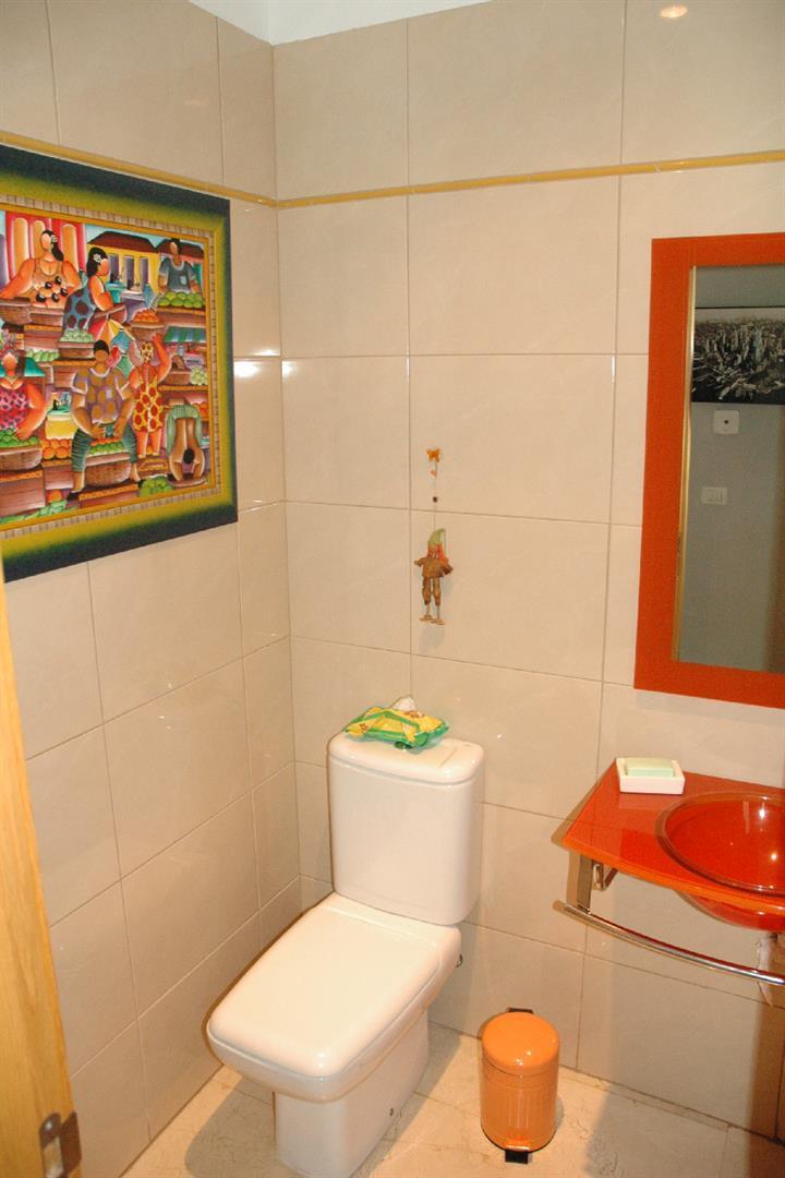 Casa en venta con 339 m2, 3 dormitorios  en Candelaria