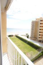 Apartamento en Venta en Junto al Mar, Amplio Complejo Deportivo / El Perellonet