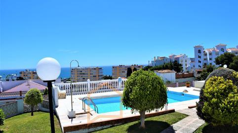 Foto 3 de Casa adosada en venta en Ramal de Capitulaciones Montemar, Málaga