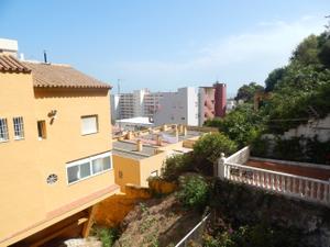 Piso en Venta en Torremolinos - El Bajondilo / Montemar