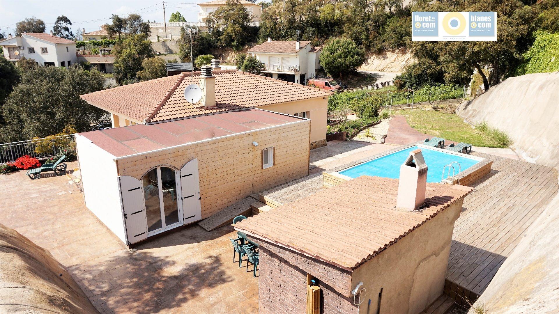 Alquiler Casa  Calle pollancre. Bonita y funcional casa de cuatro dormitorios y despejadas vista