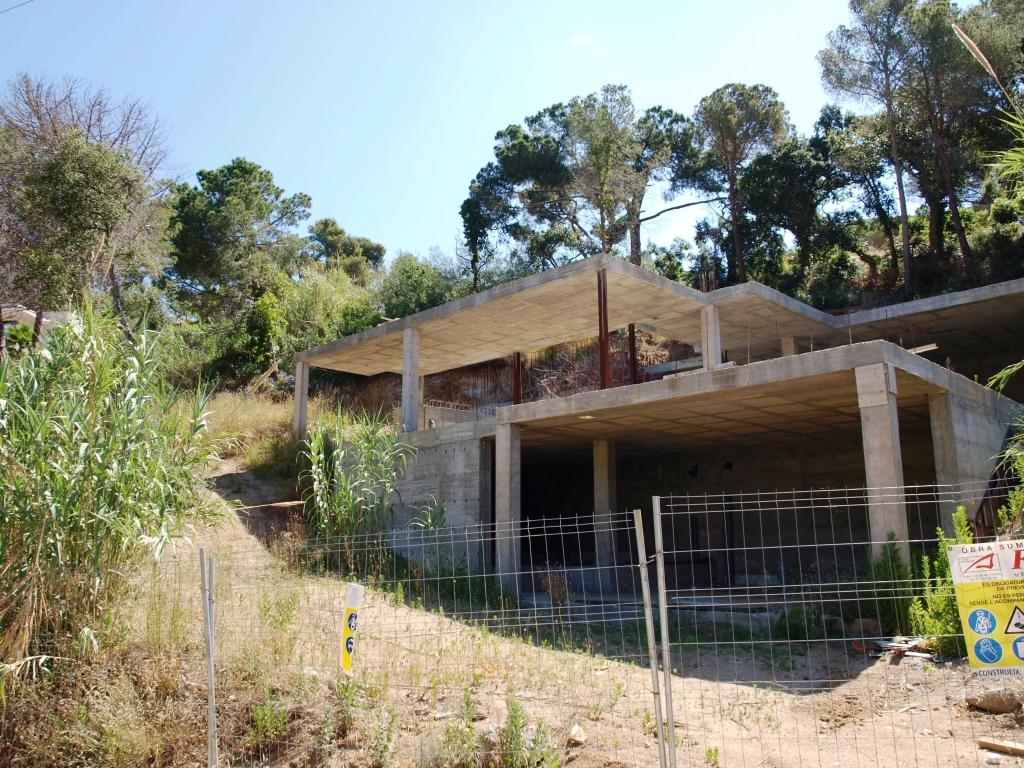 Casa  Tossa de mar, zona de - tossa de mar. R01201- casa en construcción. tossa