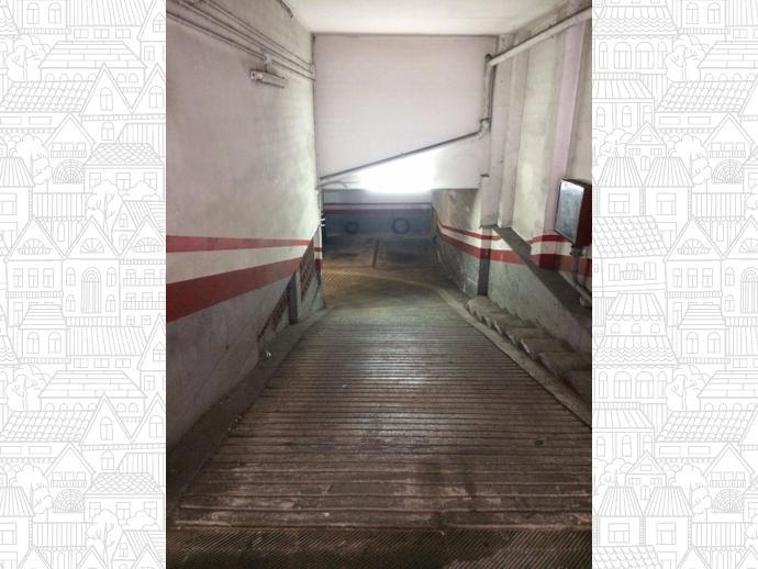 Foto 1 de Garaje en  Renart, 5 / Sant Andreu del Palomar,  Barcelona Capital