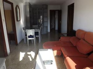 Piso en Alquiler en Luis de Vicente / Norte