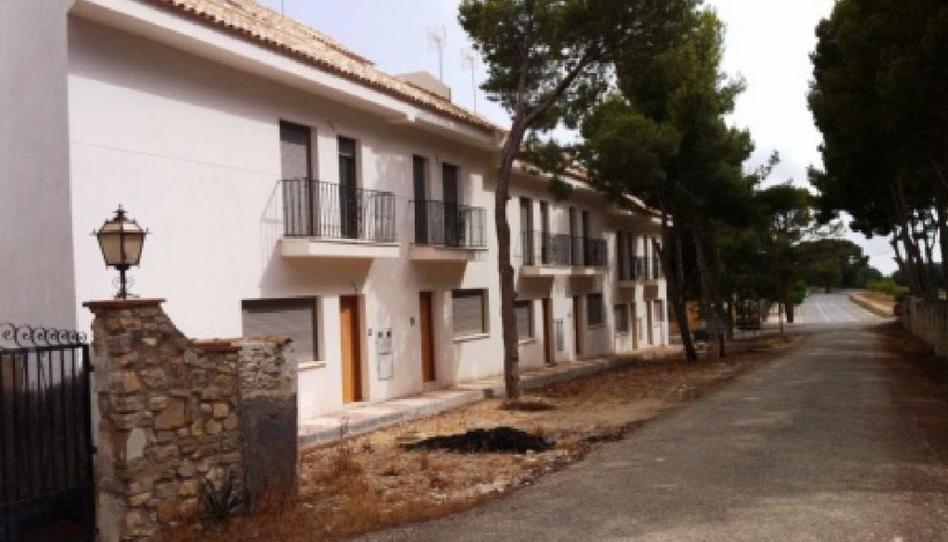 Foto 1 de Casa adosada en venta en Aigües, Alicante