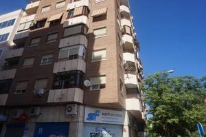 Piso en Alquiler en Alicante ,benalua / Benalúa - Babel