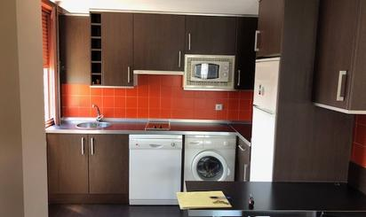 Apartamento de alquiler en Manuel Fernandez Avello, HUCA - La Cadellada