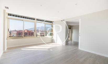 Estates in APROPERTIES REAL ESTATE Nº Aicat 6388 to rent at España