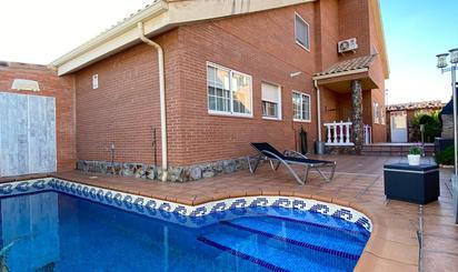 Casas en venta en Velilla de San Antonio