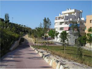 Piso en Alquiler en Ronda del Castillo, 32 / Campoamor - Altozano
