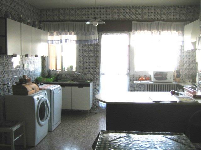 Piso en venta con 220 m2, 5 dormitorios  en Paseo Zorrilla, Campo Gran