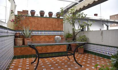 Áticos de alquiler en Jardines de Rafael Montesinos, Sevilla