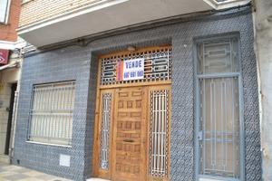 Casa adosada en Venta en Colon, 23 / Alcàsser
