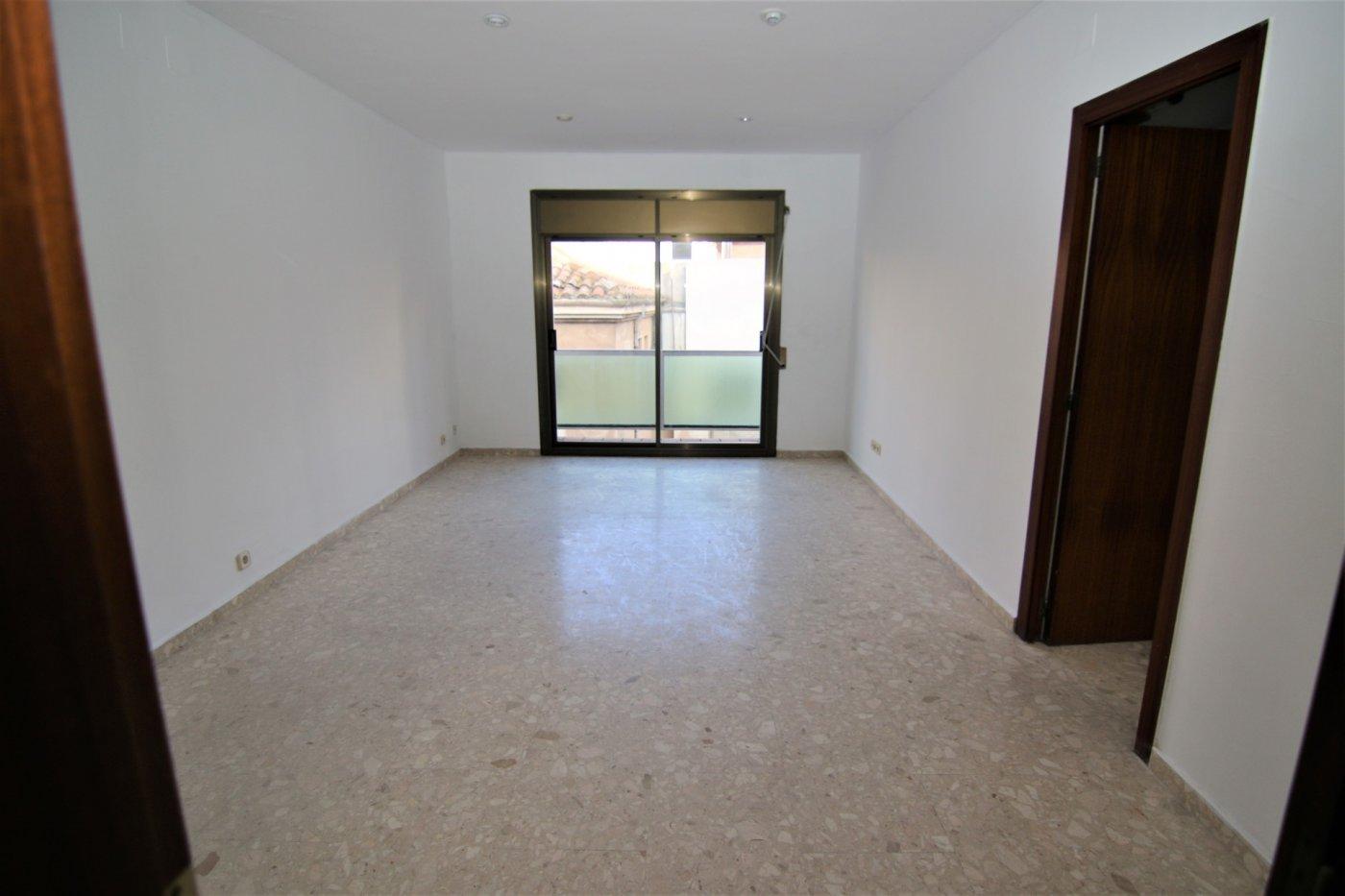 Etagenwohnung  Granollers ,centre. Se vende piso en granollers, zona centro