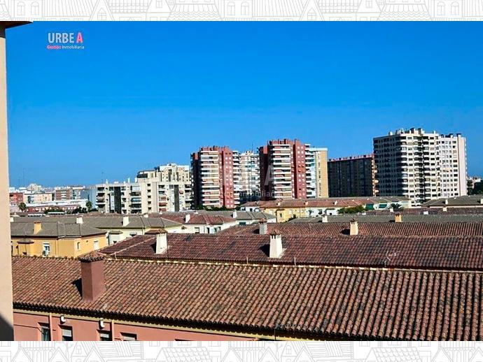 Foto 17 de Piso en Las Chapas-Avd De Carlos / Carranque - Haza Cuevas, Málaga Capital