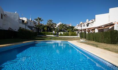 Apartamentos en venta con piscina en Levante Almeriense