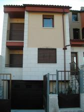 Casa adosada en Venta en Camino de las Canteras / Cuéllar