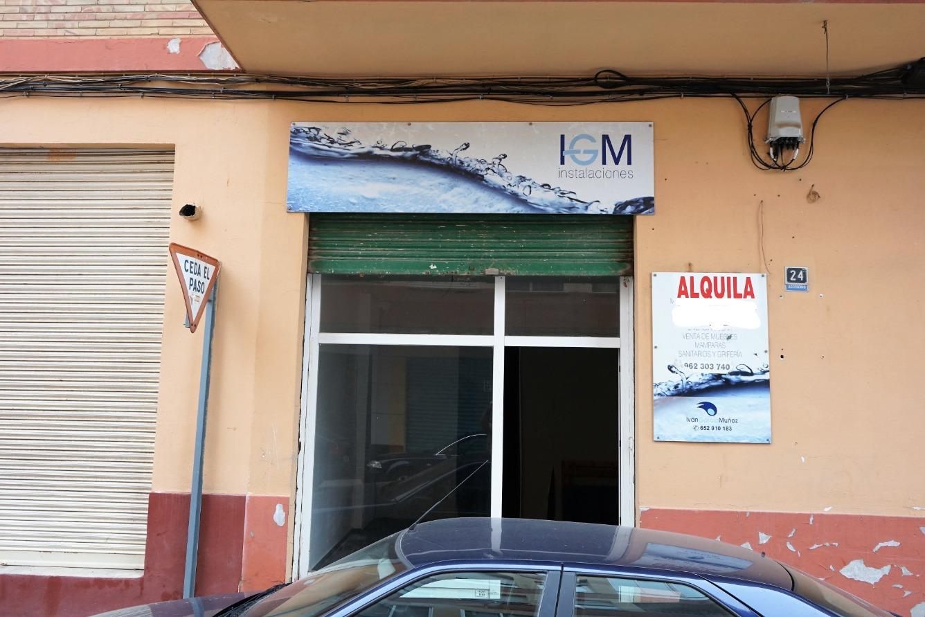 Affitto Locale commerciale  Calle colon, 24. Local comercial en alquiler en zona comercial próxima al centro.