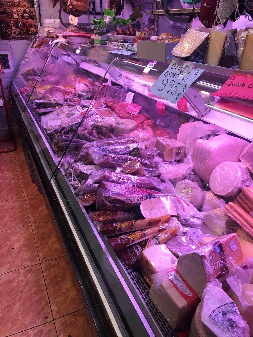 Traspaso Local Comercial  Tarragona capital - eixample. Local  carniceria en traspaso - en pleno funcionamiento - en el