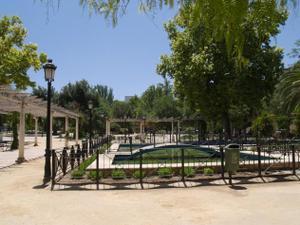 Piso en Alquiler en Calzadilla del Valle / Lucena