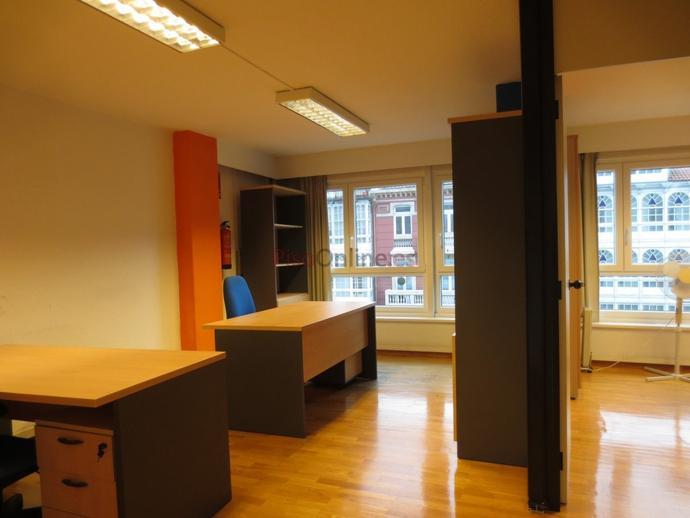 Foto 2 de Oficina en Ensanche