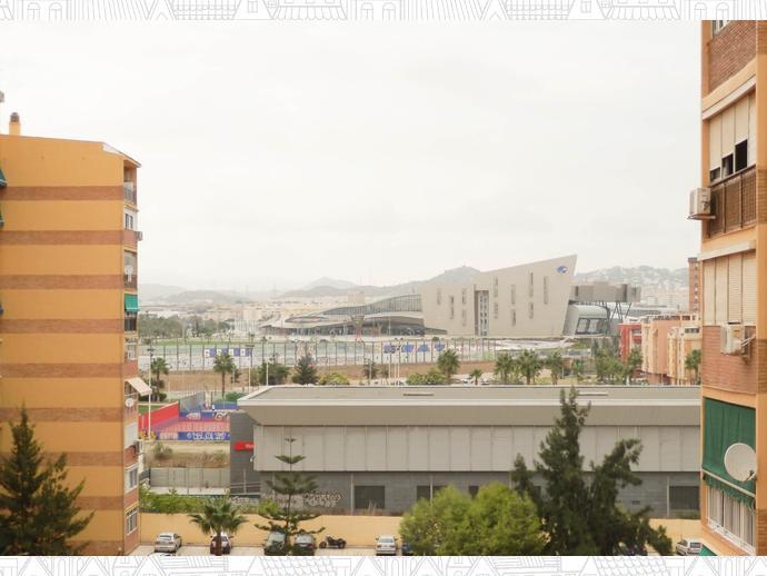 Foto 1 de Piso en Avenida Europa, / La Luz - El Torcal, Málaga Capital
