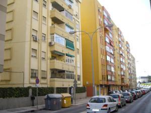 Piso en Alquiler en Manuel Gorria / Centro