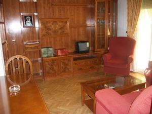 Piso en Alquiler en Vicálvaro - Casco Histórico de Vicálvaro / Vicálvaro