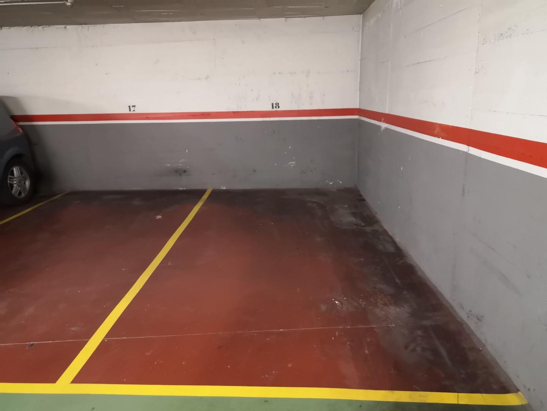 Parking voiture  Carrer de atlàntida