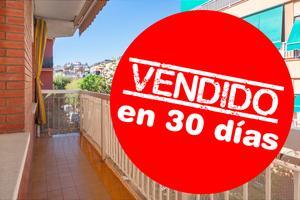 Piso en Venta en Esplugues de Llobregat - La Plana / La Plana