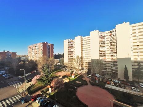 Plantas intermedias de alquiler en Fuencarral, Madrid Capital