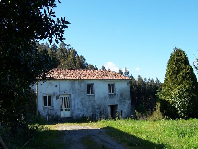 Chalet en ortigueira en antigua casa de labranza para - Restaurar casas antiguas ...