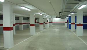 Garaje en Venta en Vélez-málaga - Vélez-málaga Ciudad / Vélez-Málaga