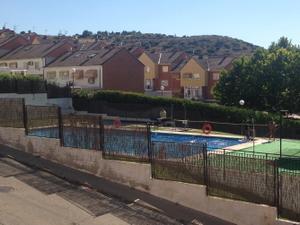 Casa adosada en Venta en Francisco Gomez Sierra / Villalbilla