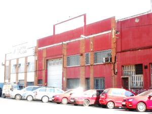 Nave Industrial en Venta en Industria, 20 / Tiana - Zona Industrial