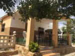 Vivienda Casa-Chalet montserrat, zona de - montserrat