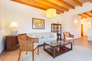Piso en Alquiler en Establiments, Entorno Residencial y Muy Tranquilo / Nord