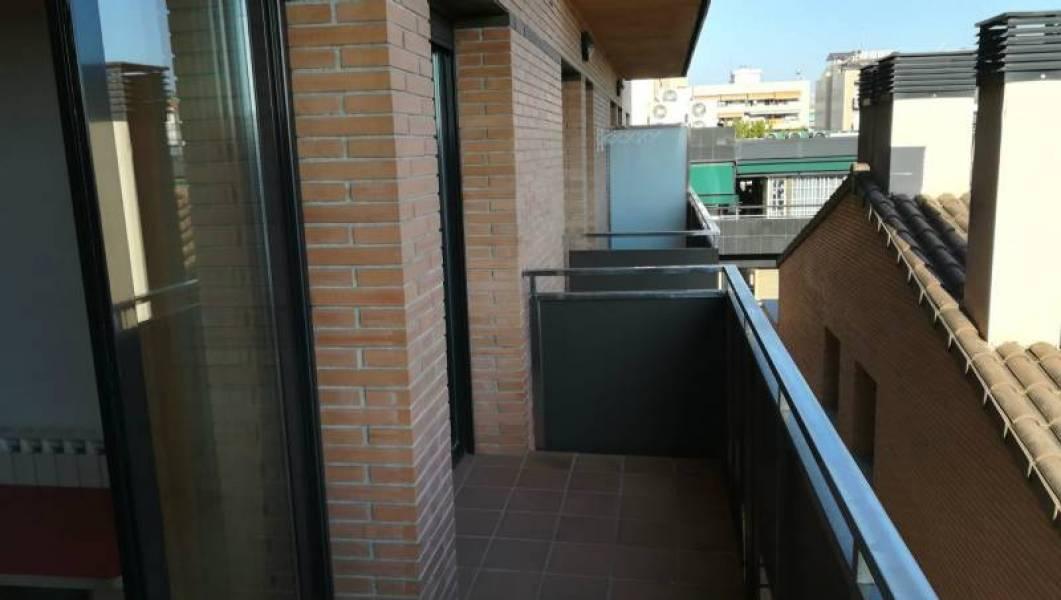 Lloguer Pis  Sabadell ,avinguda-eixample. Piso de 2 hab, 2 baños y con plaza de párquing!