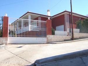 Chalet en Venta en La Mancha Alta - Huelves / Huelves