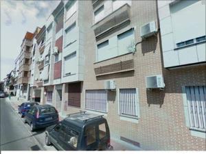 Piso en Venta en Getafe - Centro San Isidro con 3 Dormitorios 2 Baños Pocos Años. / San Isidro