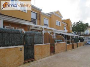 Casa adosada en Venta en Elche Ciudad - El Travaló - Martínez Valero / El Travaló - Martínez Valero