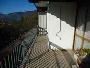 Alquiler Vivienda Piso ibarra. buen piso de 3 dormitorios a dos fachadas