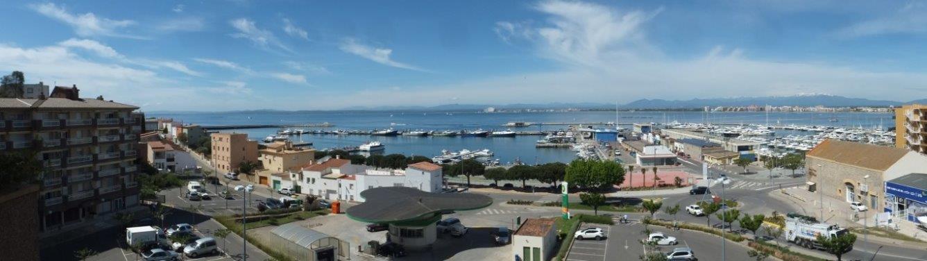 Holiday lettings Flat  Calle merce rodoreda, 1. Apartamento a 1ª línea de mar, delante del puerto de roses a 2mi
