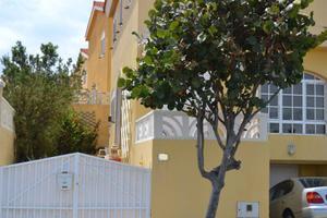 Duplex apartment in Sale in Telde ,la Garita / Telde