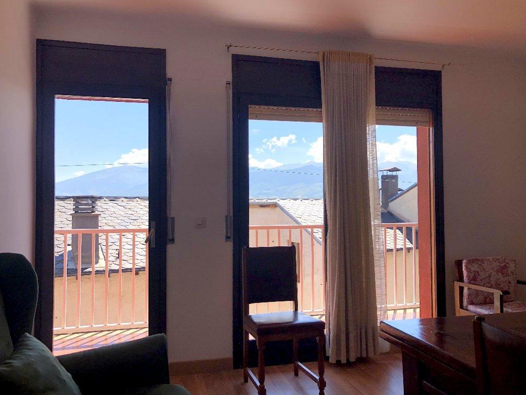 Piso  Cerdanya (girona) - puigcerdà. Apartament amb vistes i lluminós al centre de puigcerdà (ref. hc