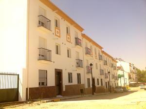 Piso en Venta en Prado del Rey, Zona de - Olvera / Olvera