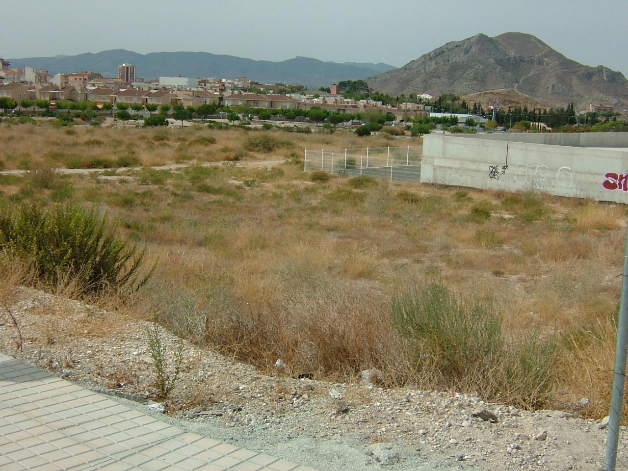 Solar urbano  Calle presbítero conrado poveda. Parcela urbana de 705 m² de uso industrial y terciario.