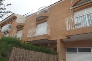 Casa adosada en Venta en Mar del Tirre / Centre