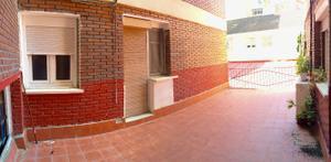 Piso en Alquiler en Avenida Ramon y Cajal / San Martín